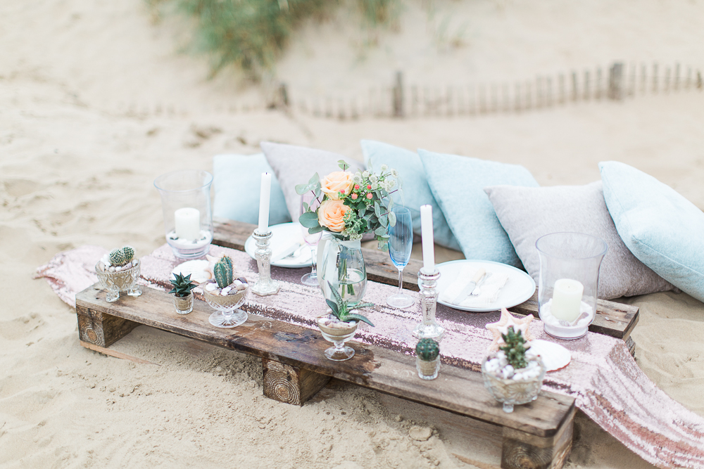Summer Lilly Studio. Beach Shoot. Camber Sands.Styled  Tablescape by The White Emporium. Peach and Blue Tones.
